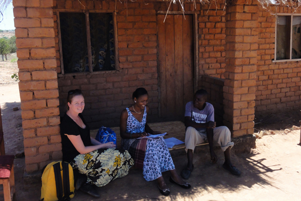 Seline Meijer, supervising the household survey in Malawi. She used interviews to learn more about farmers' perceptions, attitudes and behaviour in relation to farm-level tree planting and deforestation.
