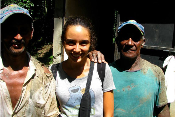 Silvia Forno, meeting untiring and committed members of a community building a micro-dam as a source of sustainable energy for their village (Dominican Republic).