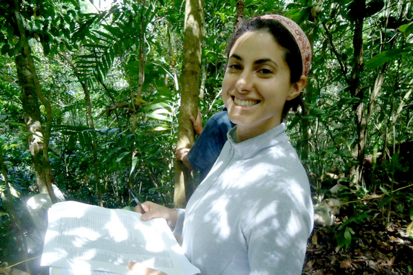 As part of her research, Vivian Valencia spent a considerable amount of time in the forests and coffee agroforests of the mountains of Chiapas, where she saw first hand how the landscape changes as a result of increasing coffee prices, policies, and other factors that affect farmers' decisions to cultivate coffee.