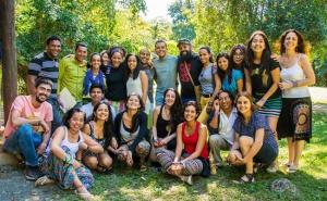 ALLSA participants in the gardens of El Rancho Baiguate.